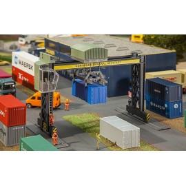 Faller - Containerbrückenkran